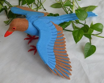 Soft sculpture Sri Lanka Magpie bird doll
