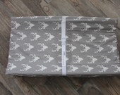 Changing pad cover, contour changing pad cover, gray buck head changing pad cover