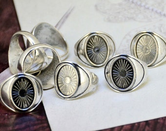 10pcs of  Antique Bronze Antique Silver Ring Oval Trays- Bezel Ring Base Supplies Base fit 14mmx10mm Oval Cabochon Base Ring Blanks Oval Pad