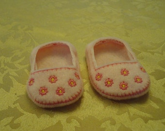 """18"""" Doll Shoes - Pink Daisy Slip Ons"""