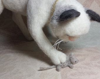 Needle Felted Cat and Mouse. Mouser Traps Mouse one of a kind golden collar