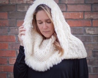 Camille's Snow Hood - A Knitting Pattern