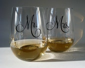 Mr and Mrs  Wine Glasses - (set of 2) - Stemless Wine Glasses - Wedding