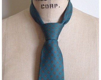Vintage PIERRE CARDIN paisley silk tie