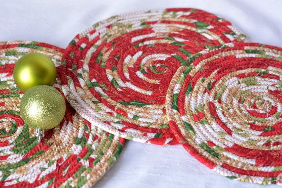 Red Christmas Trivets, 3 Handmade Cotton Hot Pads, Christmas Hostess Gift, 3 Homemade Table Toppers, Christmas Decoration