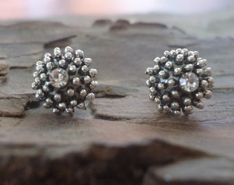 SEA URCHIN  and CRYSTALwonderful studs - earrings (946)