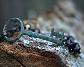 Skeleton Key Heavy Chain Bracelet
