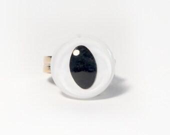 White Cat Eye Ring