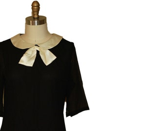 90s does 60s  Black Chiffon /Satin Peter Pan Collar Mod Dress size M