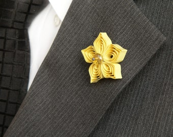 Yellow Lapel Pin, Yellow Boutonniere for Men, Yellow Flower Pins for Suits, Yellow Wedding Flower Buttonholes, Spring Trends, Tie Tack