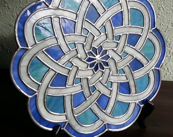 Digital Stained Glass Pattern - Celtic Spiral • Resale Friendly