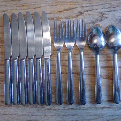 Original Splendide Heavy Flatware Set Strand Spoons Soup