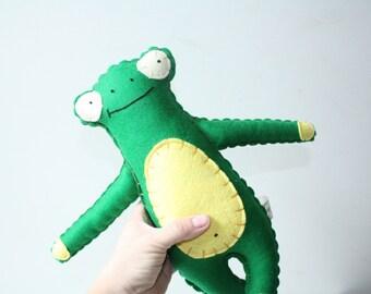 Green Felt Wool Frog