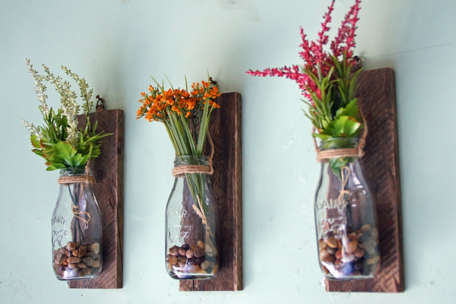 Wall vases for flowers - Hanging Milk Bottle Wall Vases Wall Mounted Flower Vases Hanging Flower Vases Reclaimed Wood Rustic Floral Decor Milk Bottles Set Of 3