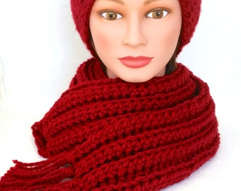 BEAUTIFUL winter set: SCARF and HAT. Deep red matching set. Fringe. Crocheted scarf. Knitted hat. Adult set, size large.