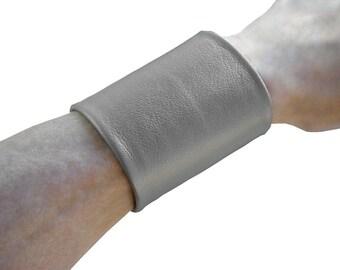 Basic 3 inch wide leather cuff Silver gray metallic lambskin Arm cuff tattoo cover non metal jewelry solution