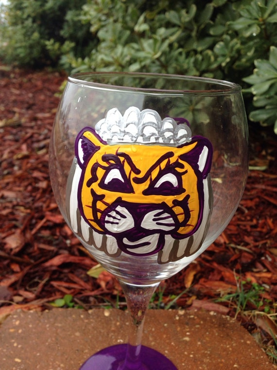 Bride Wine Glass Mike the Tiger Wedding College Game Day Wedding Wine Glass