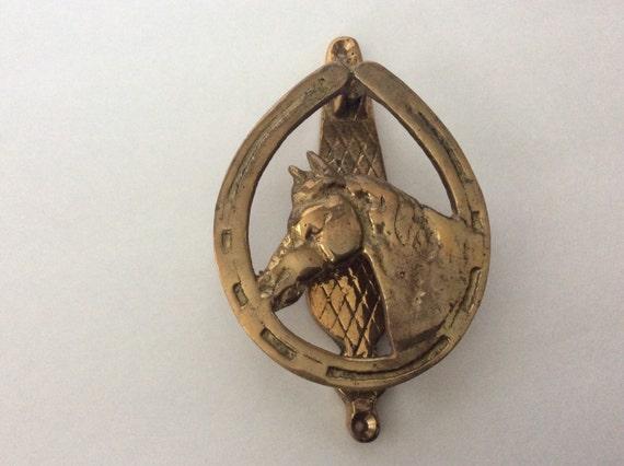 Brass horse head and horse shoe door knocker - Horse head door knocker ...