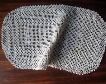 """Vintage - Farmhouse Kitchen -""""Bread"""" -Hand Crochet - Doilie"""