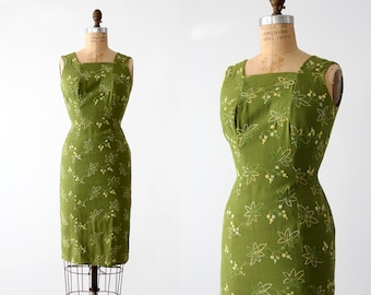 1950s embroidered linen wiggle dress
