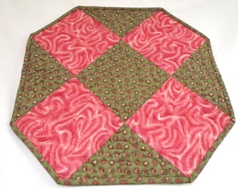 Quilted Pink Roses Table Runner