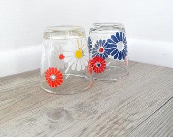 Set of 2 Vintage 1960's Love Daisies Sour Cream Glasses Hazel Atlas Tumblers