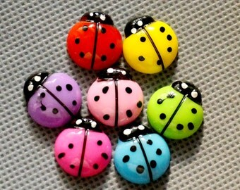 10pcs 18x18mm   Multi Color Acrylic  Faceted  Beatles Cabochon