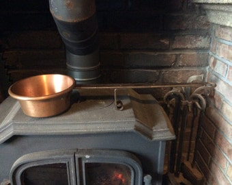 Vintage French copper pot stand up stove cooking frying pan pot saucepan hand hammered made long handle bread oven 1970s / English Shop