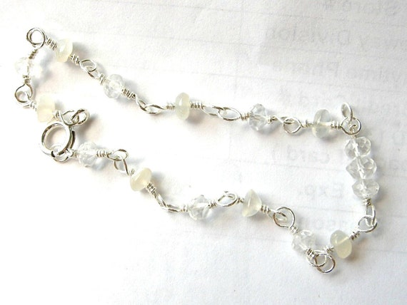 Dainty Moonstone & Clear Quartz Bracelet - Sterling Silver / Cream, Clear, Chatoyant, Romantic Classic Jewelry, Winter Wedding