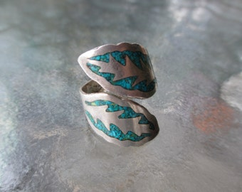60's Vintage Inlaid Turquoise Wrap Ring Mexican Sterling size 8