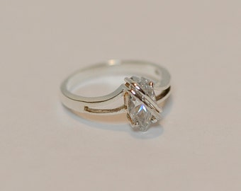 Vintage Marquis Cubic Zirconia CZ & Sterling Silver 925 Ring Size 10 (#44)