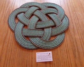 "Celtic Knotted Rope Centerpiece or Trivet 17"" Made in Alaska Green Natural accented"