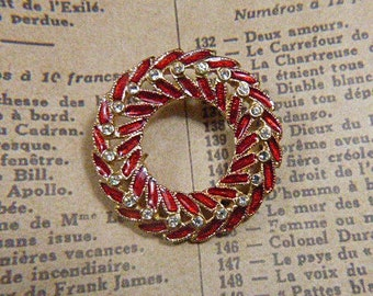 Vintage Christmas Wreath Gold and Red Enamel Rhinestone Brooch - BR-498