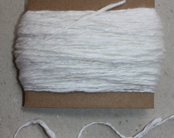 EXCLUSIVE Linen Yarn = 30 Yards = 27 Meter - White