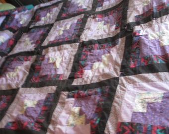 Quilt. Traditional.