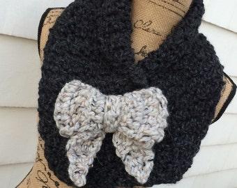 Chunky Crochet Scarf with Bow, Chunky Neck Warmer with Bow, Chunky collar scarf, Bulky Scarf with Bow