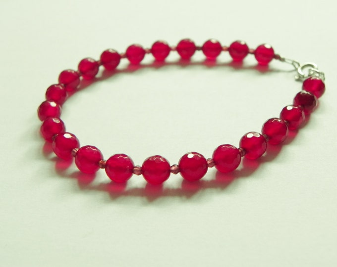 Raspberry red chalcedony and garnet gemstone bracelet, sterling silver clasp|ruby red|raspberry red|January birthstone|Red gemstone bracelet