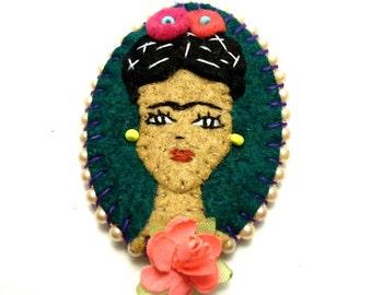 Frida Kahlo felt cameo / brooch and pendant
