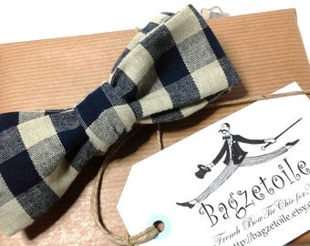 Self tie bow tie - blue checkered - skinny bowtie for men - handmade by Bagzetoile - adjustable to your shirt collar size - ships worldwide