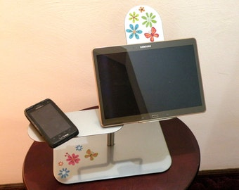 Ipad Stand- Kitchen Tablet Holder- COOKBOOK Stand- Phone Stand- Perfect Height