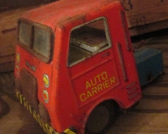 Vintage Tin Toy Truck Auto Carrier.  For Parts, Repair or Display.   Y-296