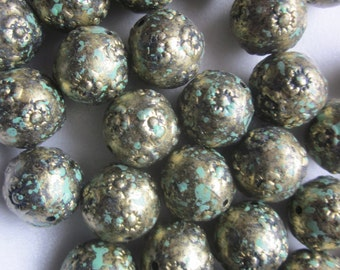 Antique Silver and Green Plastic Beads 16mm 12 Beads