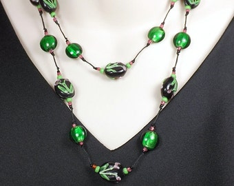 Black and Green Glass Bead Necklace Set, Hypoallergenic Necklace and Earrings, Knotted Flower and Foil Bead Nonmetal Necklace, Flapper Style