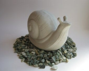 Snail Concrete Statue For Garden Decor, Yard Art Cast In Cement, Large Garden Snail