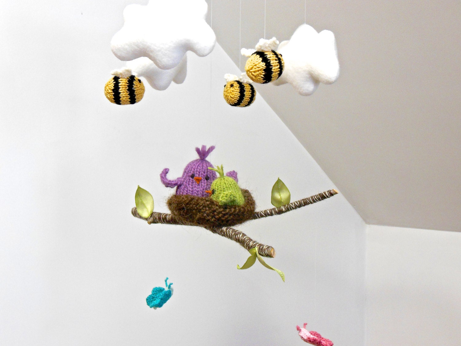 cloud mobile bird mobile butterfly mobile bee mobile baby. Black Bedroom Furniture Sets. Home Design Ideas