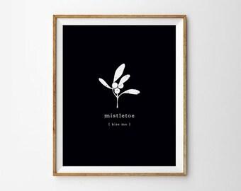 Mistletoe Print Great Christmas Gift