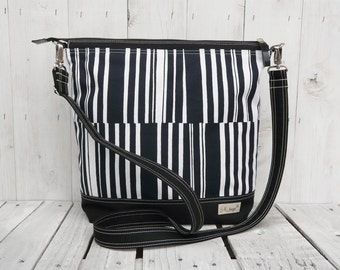 Zippered tote bag, Weekender carry all, Striped canvas messenger cross body, gift for wife, mothers day gift, birthday present