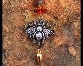 Bee Pendulum
