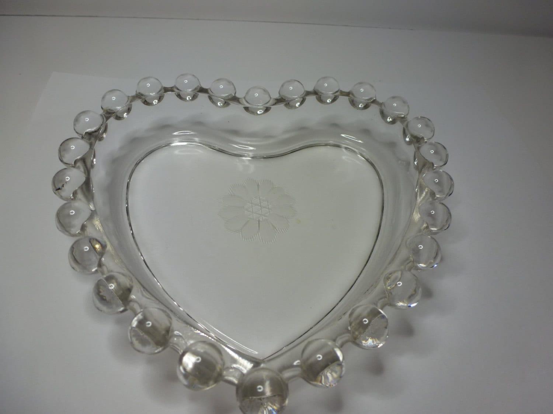 Vintage glass heart shaped dish pretty hobnail glass dish for Heart shaped jewelry dish