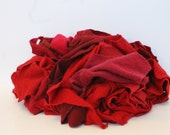 Recycled Cashmere Remnants - Red 16oz